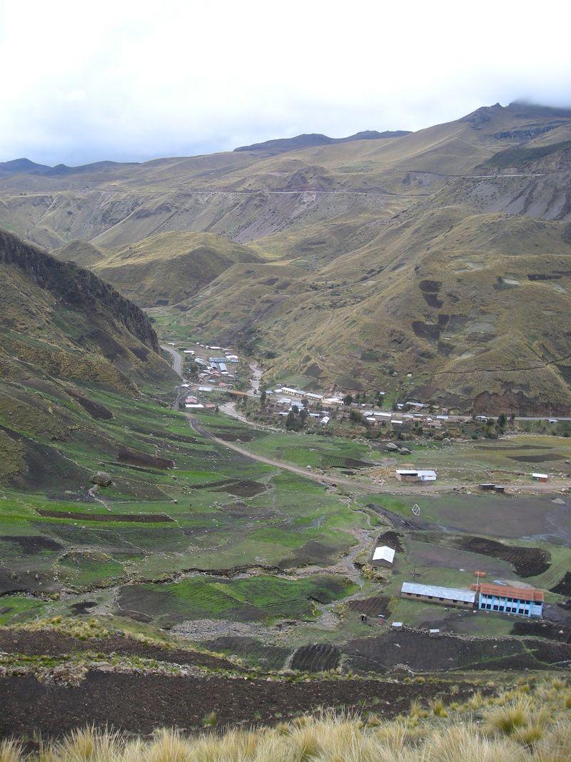 08 View over Rumichaca