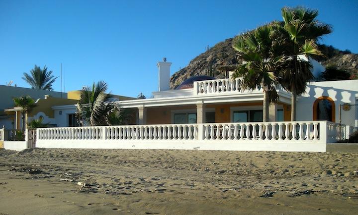 Casa Tortuga from the beach